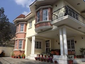 budhanilkantha bungalow front