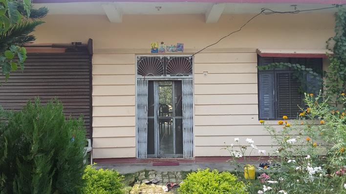 House & 9 Kattha Land For Sale at Manpakadi