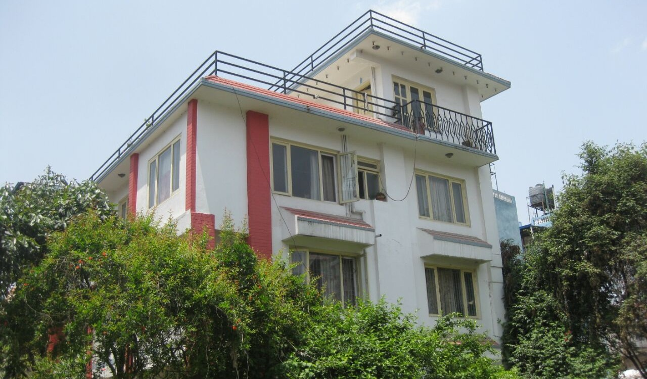 House on Sale at Tinkune , Subidhnagar